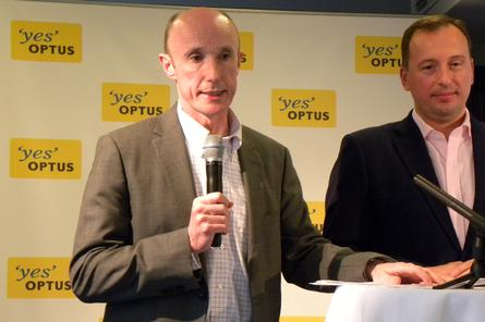 Optus chief executive, Paul O'Sullivan, and Optus managing director, Gunther Ottendorfer