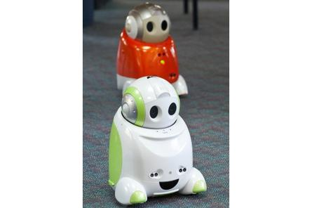 La Trobe Uni adds two new robots to its collection