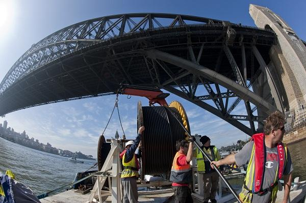 In pictures: Vocus rolls out fibre cable across Sydney Harbour