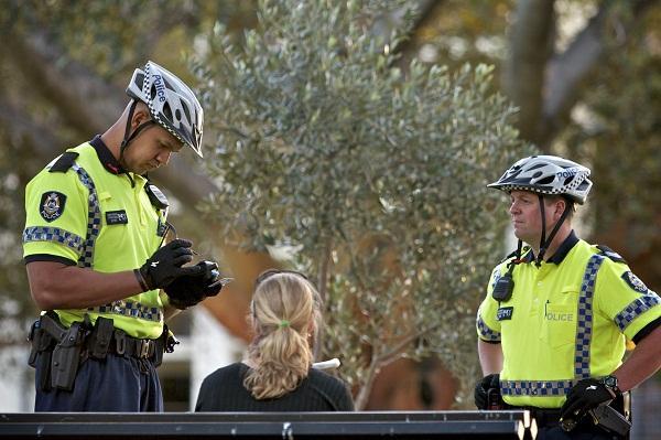 Western Australia Police with their new Motorola ASTRO P25 digital radios. Photo credit: WA Police.