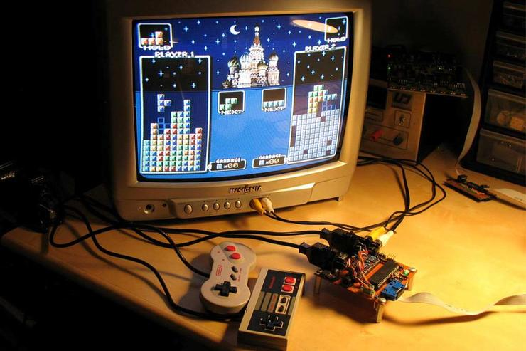 Image: http://belogic.com/uzebox/