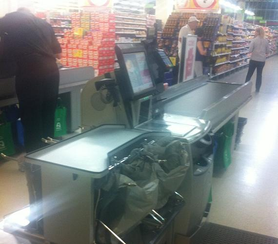 The NCR hybrid self-checkout system currently being trialled by Coles Southland in Melbourne.