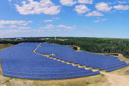 Obama's clean energy proposal would boost community solar initiatives, which allow renters and others who don't own detached homes to use solar through joint projects. In this photo is the Raffaele Road Solar Project, a 5.7MW photovoltaic community solar farm developed by the Clean Energy Collective at a former sand-and-gravel quarry in Plymouth, Mass. The project is producing 7.4 million kWh of clean energy every year.