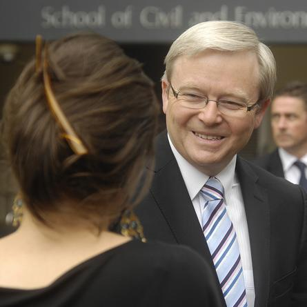 Prime Minister Kevin Rudd talks to delegates at the Realising Our Broadband Future at the University of NSW