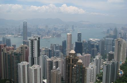 Telstra customers can now get 4G in Hong Kong.