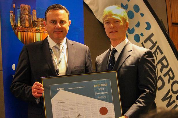 Tyrone Hodge, API National Senior Vice President and NSW Divisional President, with Peter Barrington old medal award winner Dr Mark Steglick.